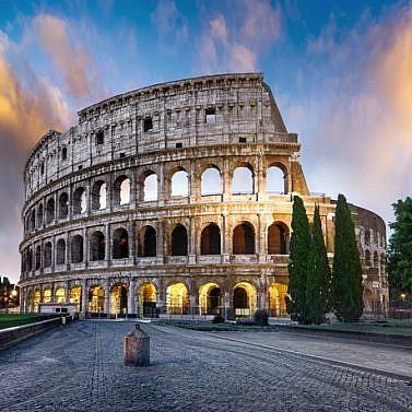 Rom erleben: Edle Residenz am Forum Romanum