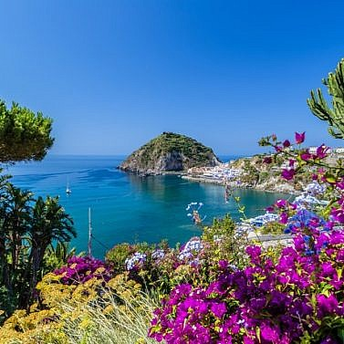 La dolce vita auf der größten Insel im Golf von Neapel