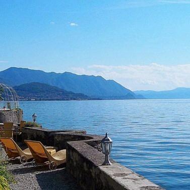 Historische Villa am Ostufer des Lago Maggiore