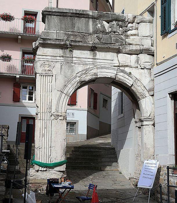 Arco di Riccardo, Triest | italien.de