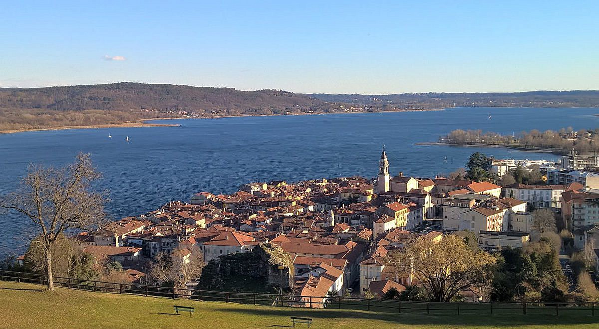 Arona im Piemont | italien.de