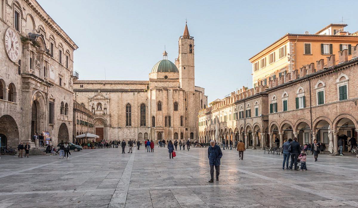 Ascoli Piceno, Marken | italien.de