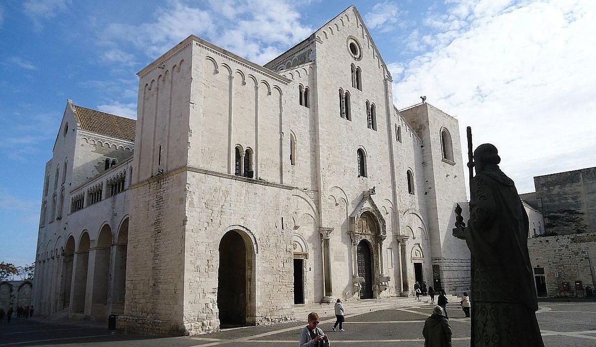 Basilica San Nicola in Bari, Apulien | italien.de
