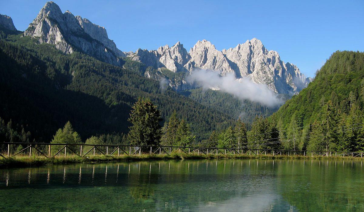 Bergsee bei Belluno in den Dolomiten | italien.de