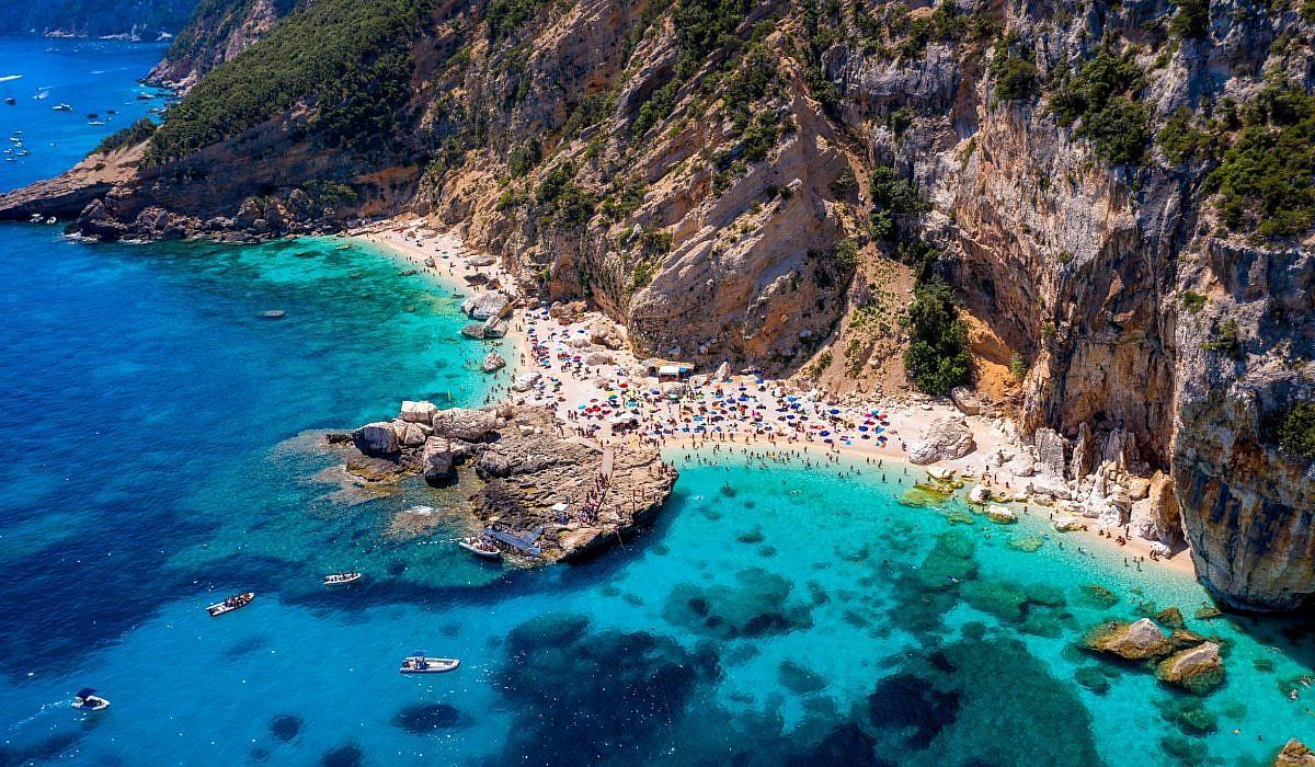 Cala Mariolu, Baunei, Sardinien | italien.de