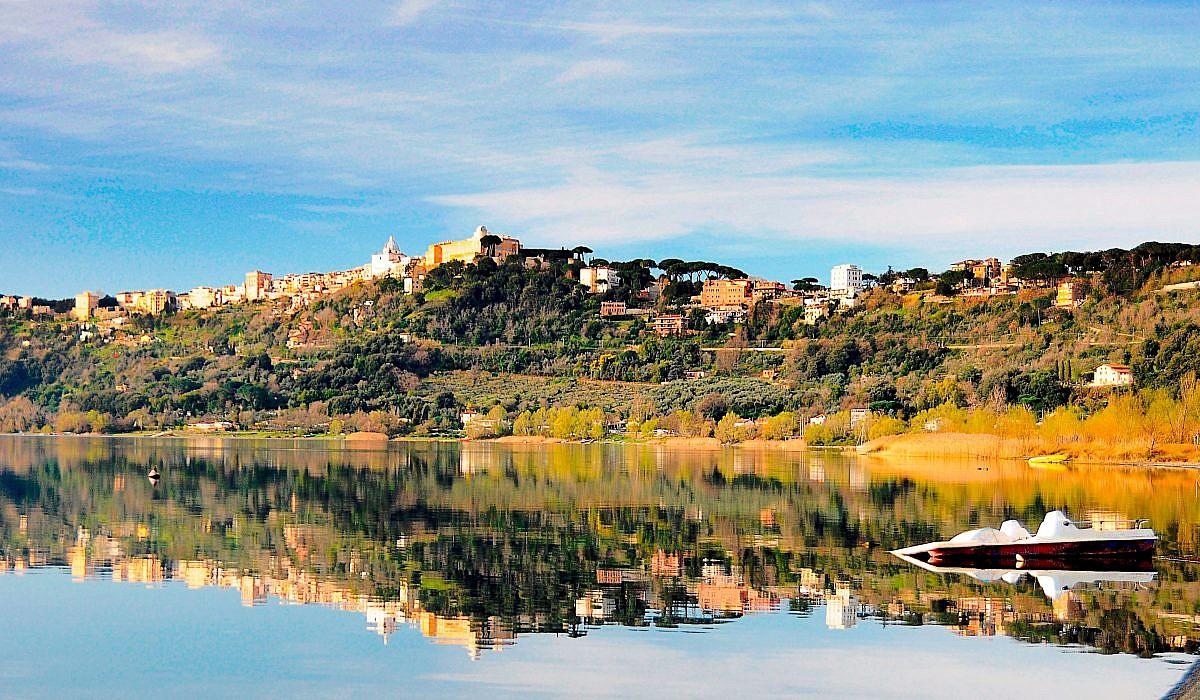 Castel Gandolfo mit Papstresidenz, Latium | italien.de