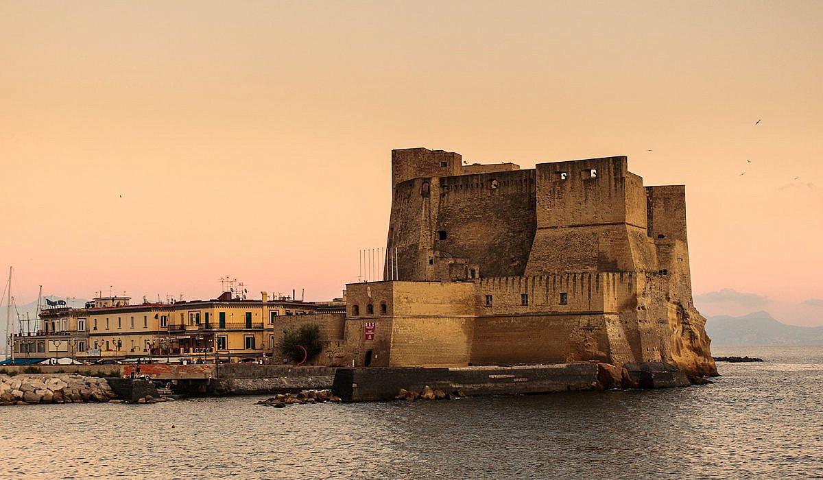 Castel dell'Ovo, Neapel | italien.de