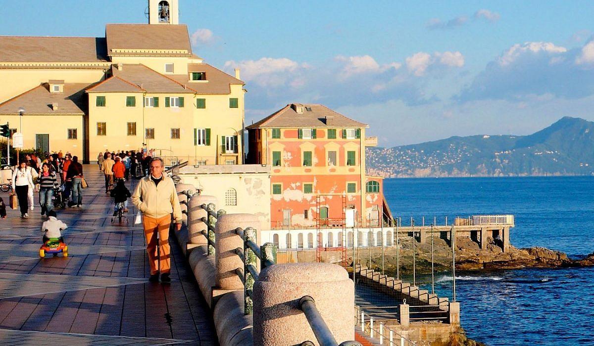 Uferpromenade Corso Italia in Genua, Ligurien | italien.de