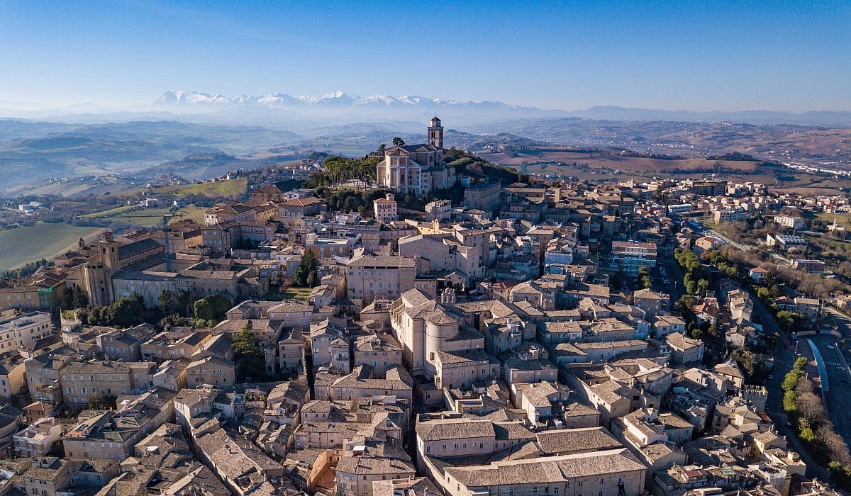Panorama von Fermo, Marken | italien.de