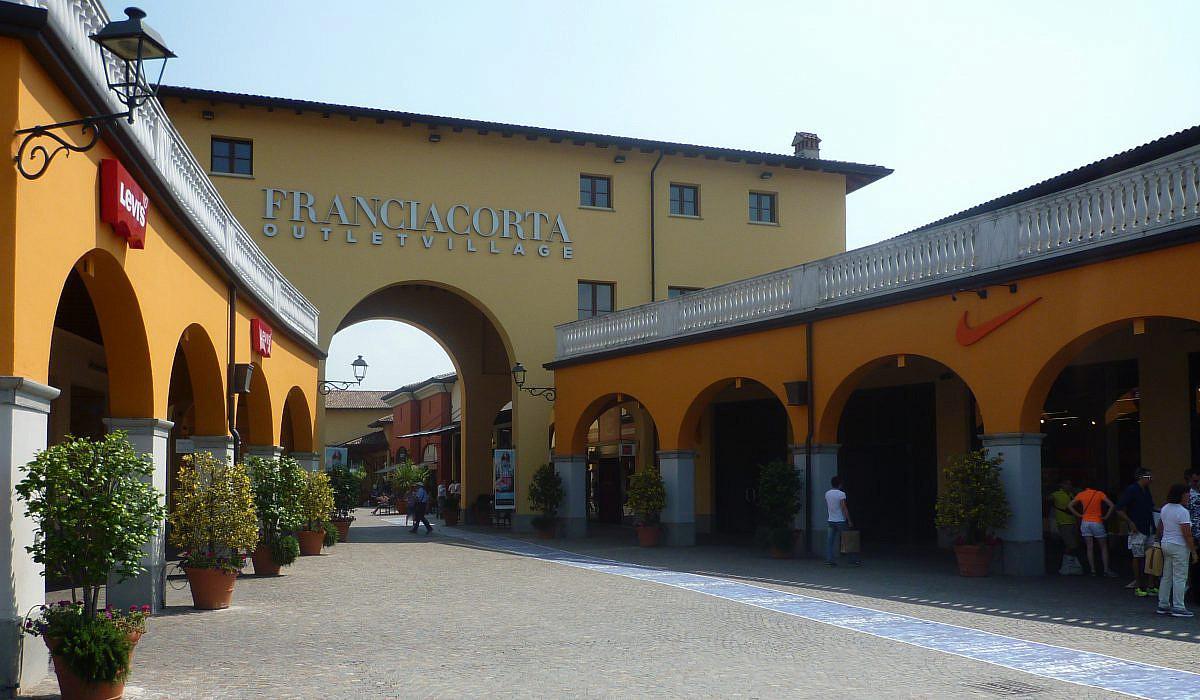Franciacorta Outlet Village, Lombardei | italien.de