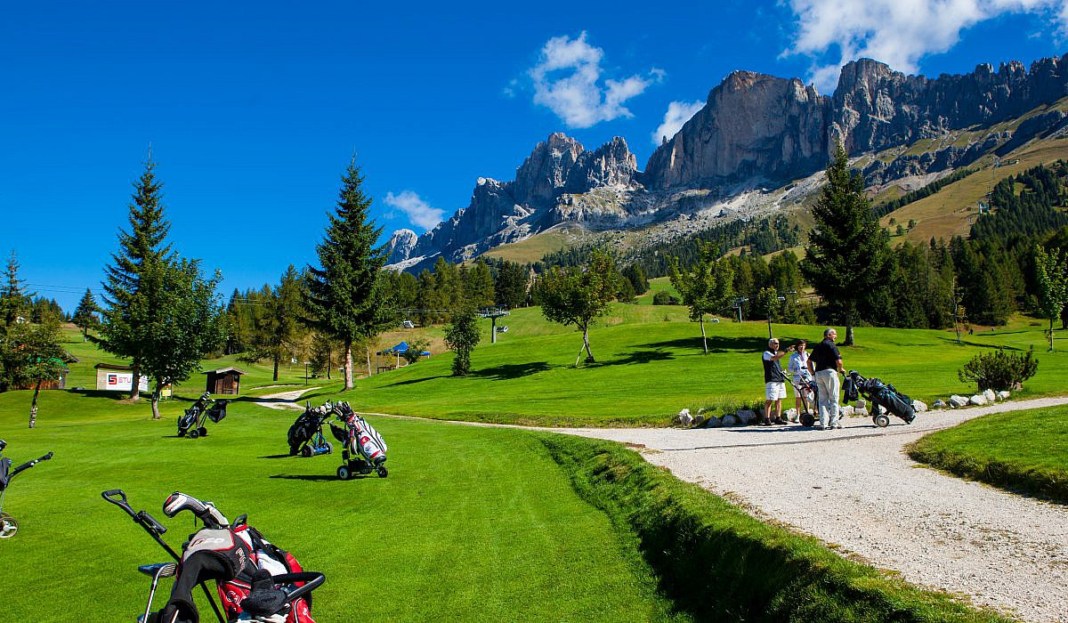 Golf Club Carezza, Karersee in Südtirol | italien.de