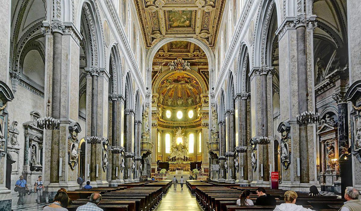 Santa Maria Assunta, die Kathedrale von Neapel | italien.de