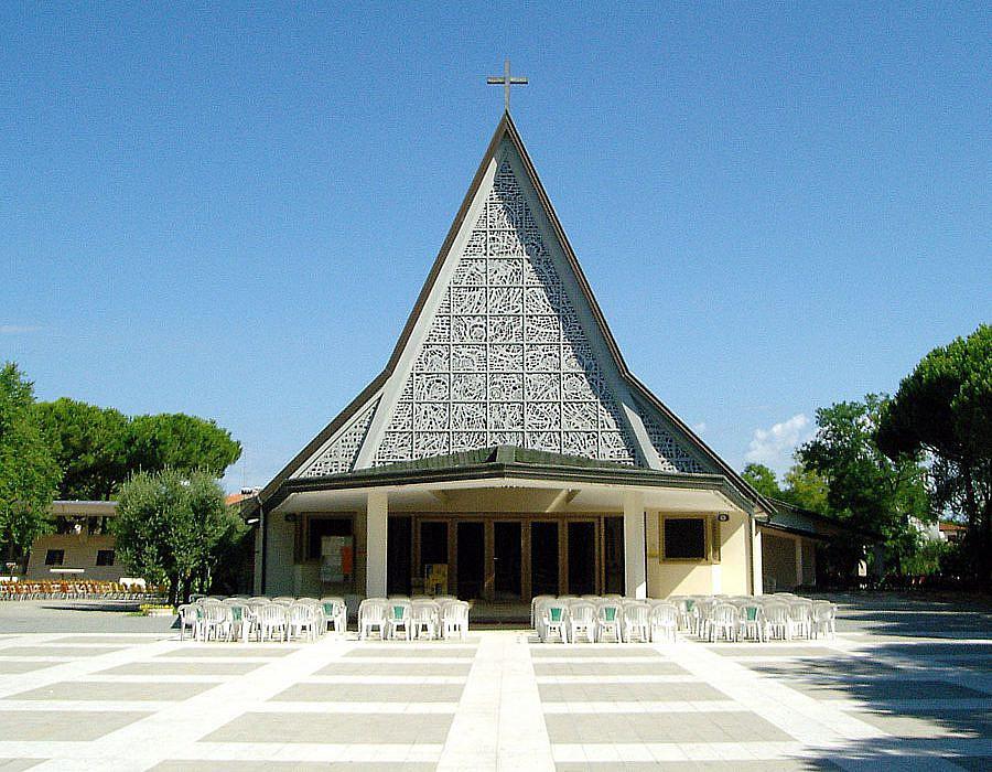 Kirche Santa Maria Assunta, Bibione | italien.de