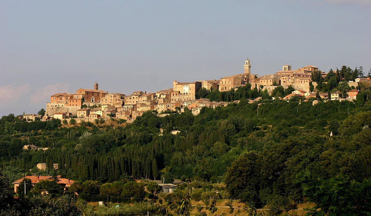 Stadtansicht von Montepulciano, Toskana | italien.de