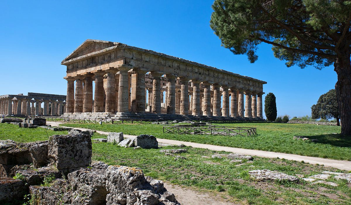 Neptun Tempel in Paestum, Cilento | italien.de