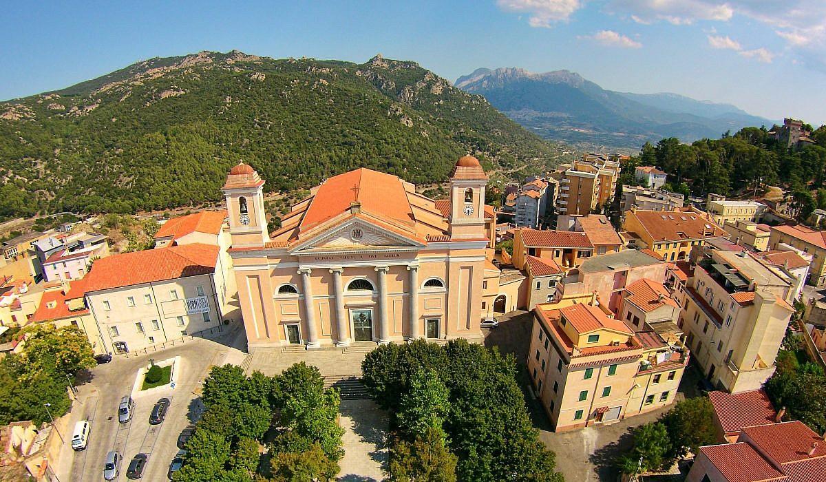 Nuoro, Sardinien | italien.de