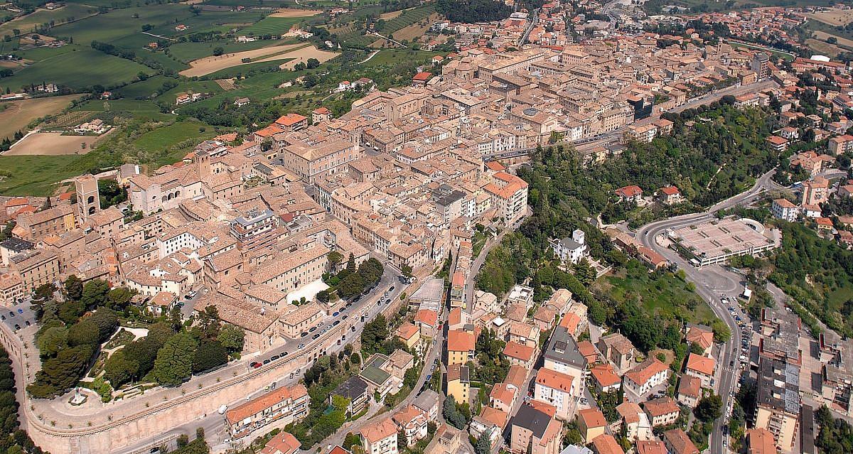 Osimo, Riviera del Conero | italien.de