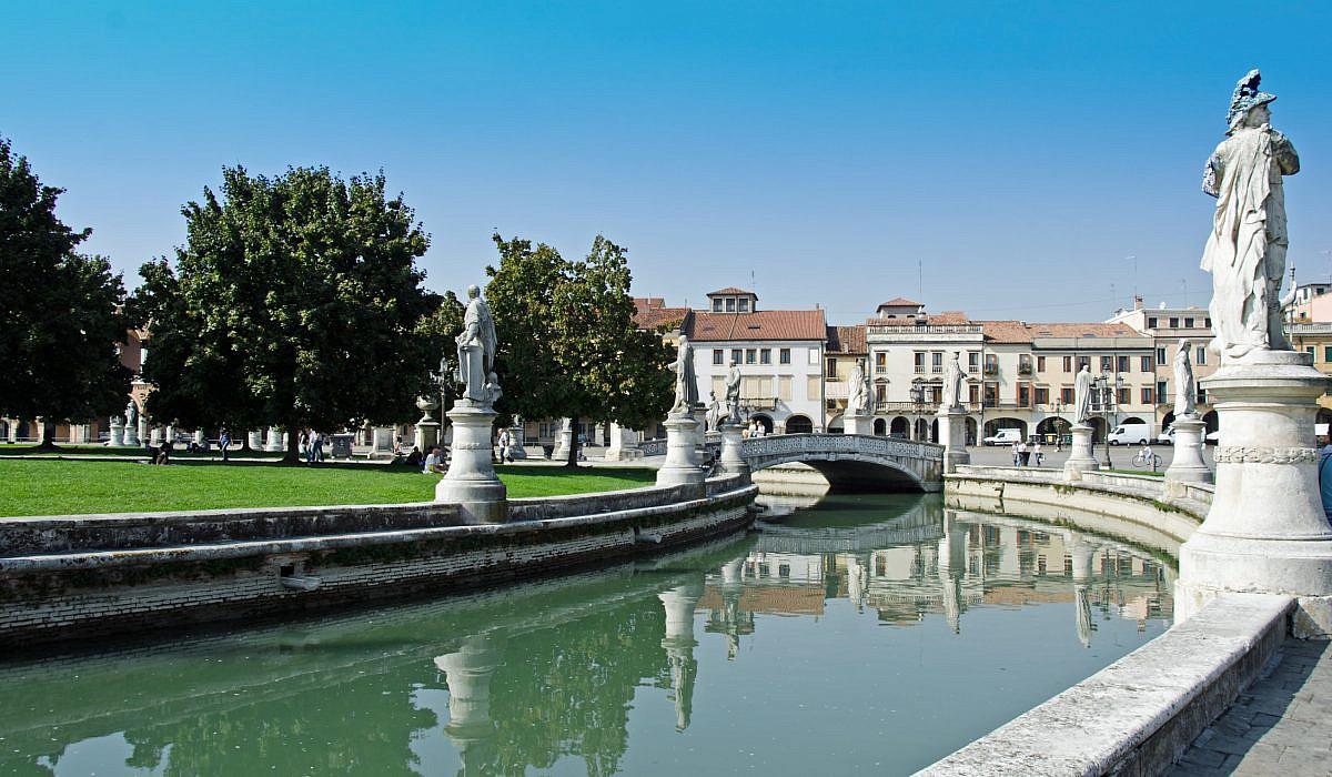 Kanal im Zentrum von Padua, Venezien | italien.de
