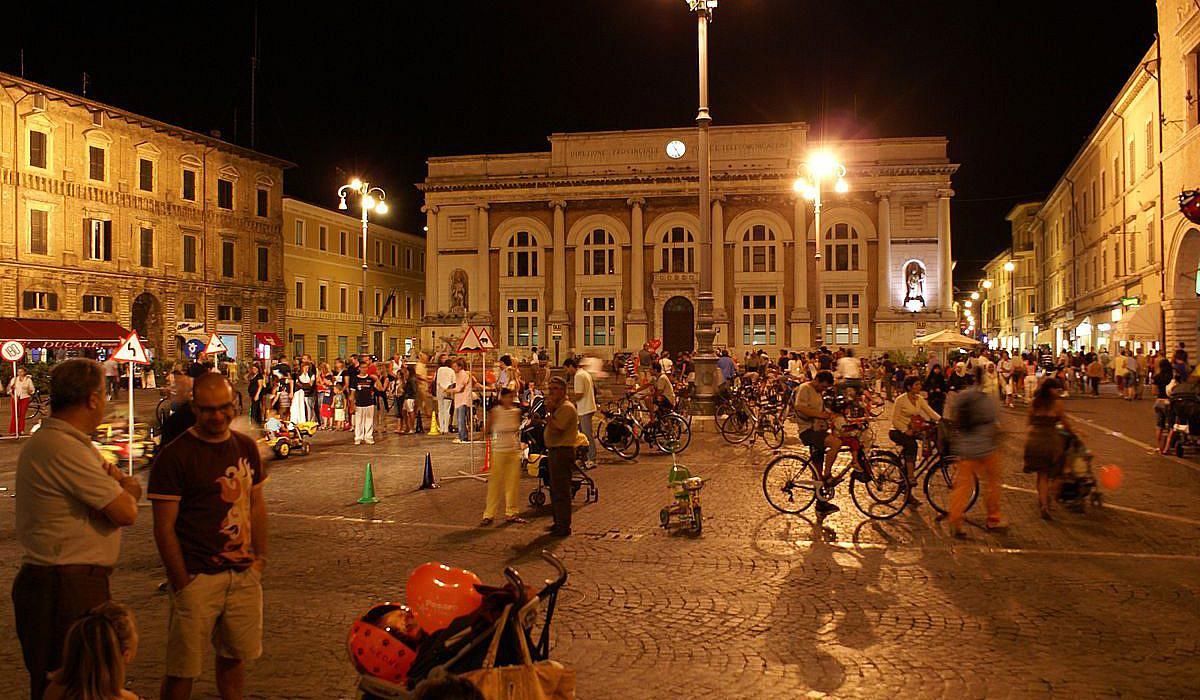 Pesaro, Marken | italien.de