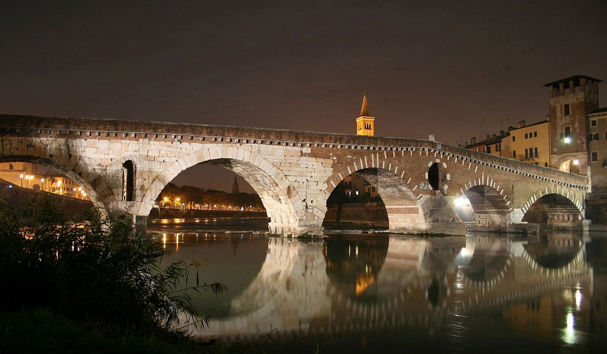 Ponte Pietra, Verona | italien.de