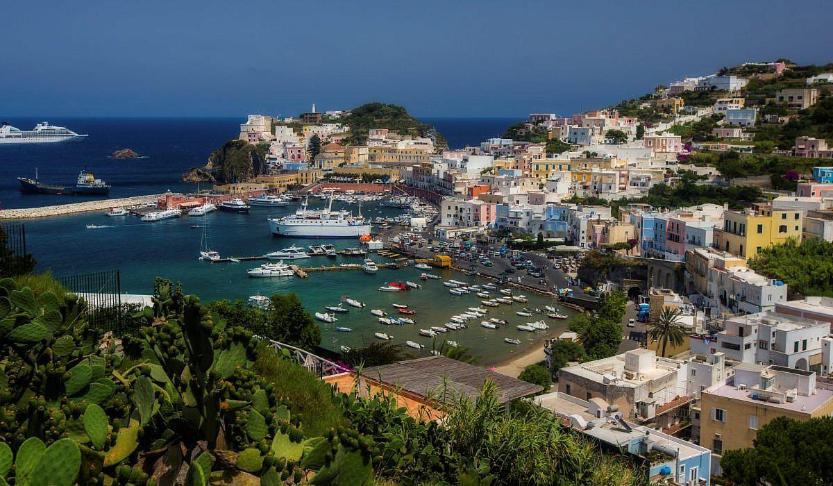 Ponza, Pontinische Inseln | italien.de