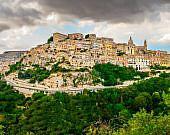 Panoramaansicht von Ragusa, Sizilien | italien.de