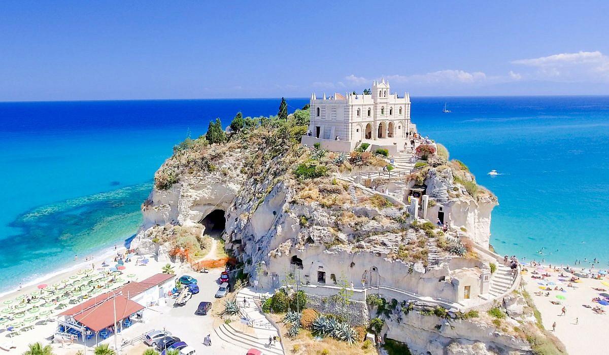 Santa Maria dell'Isola, Tropea | italien.de
