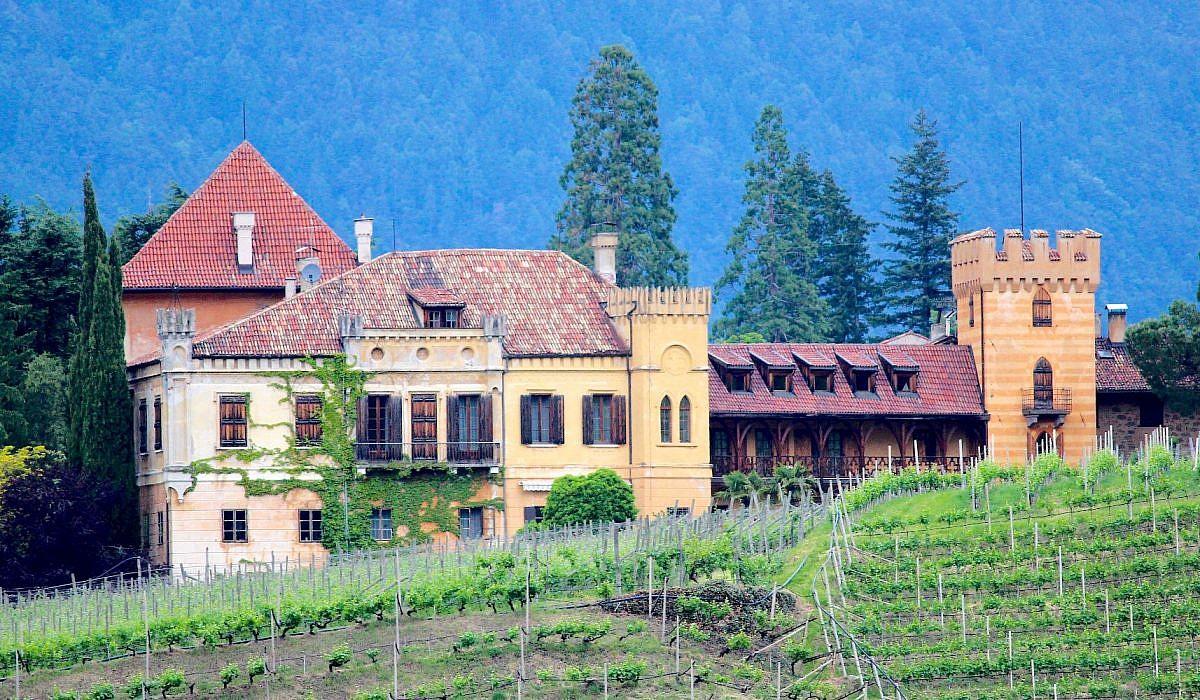 Schloss Rametz in Meran, Südtirol | italien.de