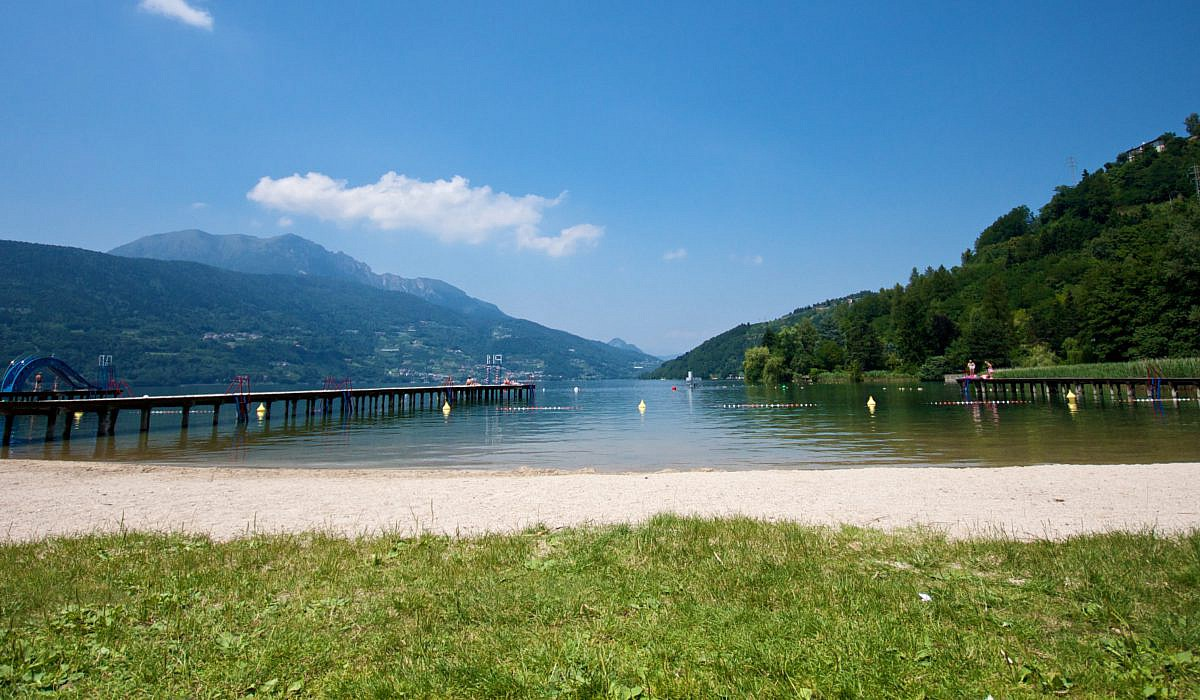 Strand bei Caldonazzo, Trentino-Südtirol | italien.de