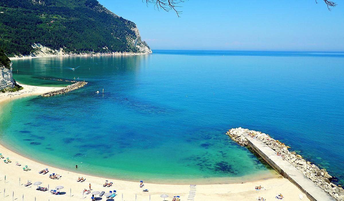Strand bei Sirolo, Marken | italien.de