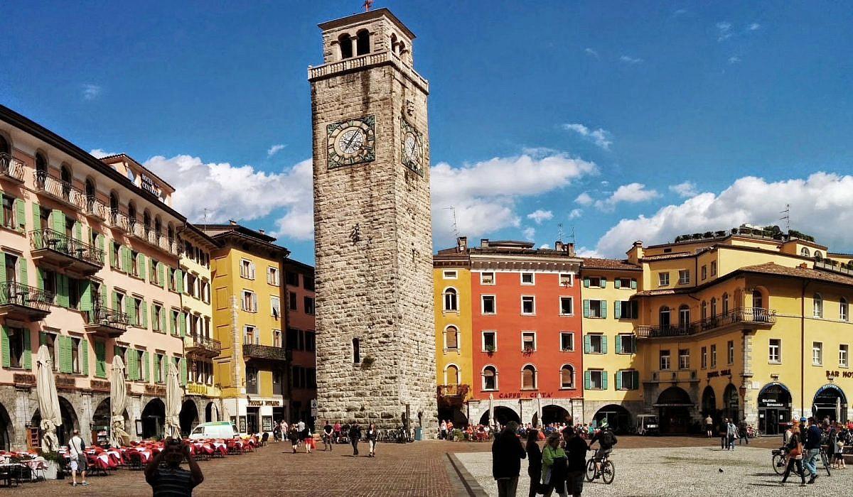 Torre Apponale in Riva del Garda, Gardasee | italien.de