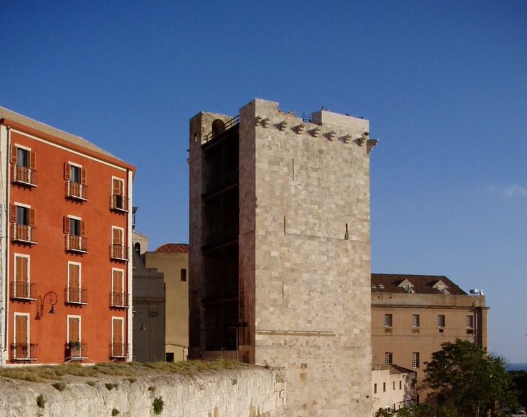 Torre dell' Elefante, Cagliari | italien.de