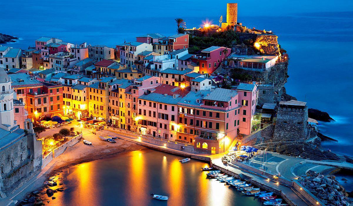 Vernazza in den Cinque Terre, Ligurien | italien.de