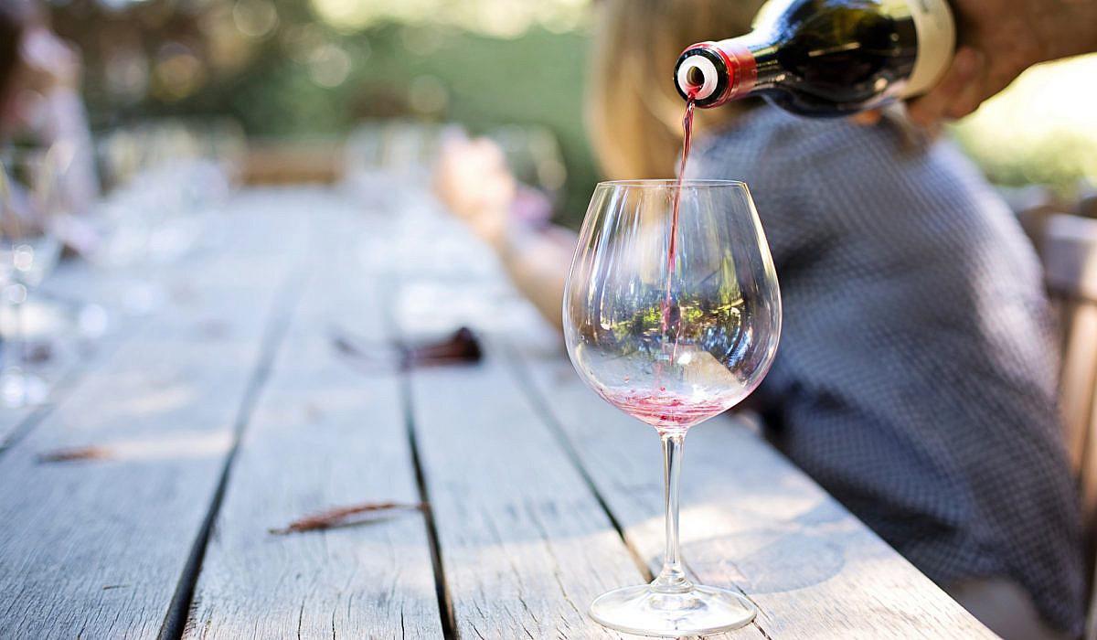 Wein richtig einschenken | italien.de