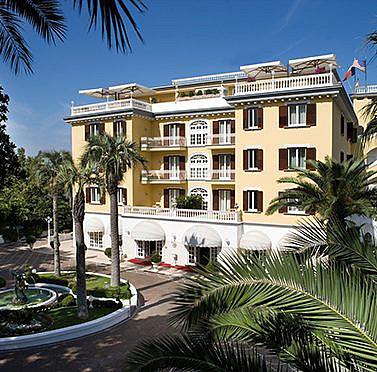 Urlaubsreif? Italienischer Luxus in Villa an der Amalfiküste
