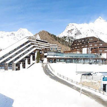 Bergpanorama & Ski-Abenteuer in Südtirol